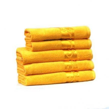 """Фото -Полотенце махровое Home Line """"Вензель"""" (желтое), 70х140см 87029"""